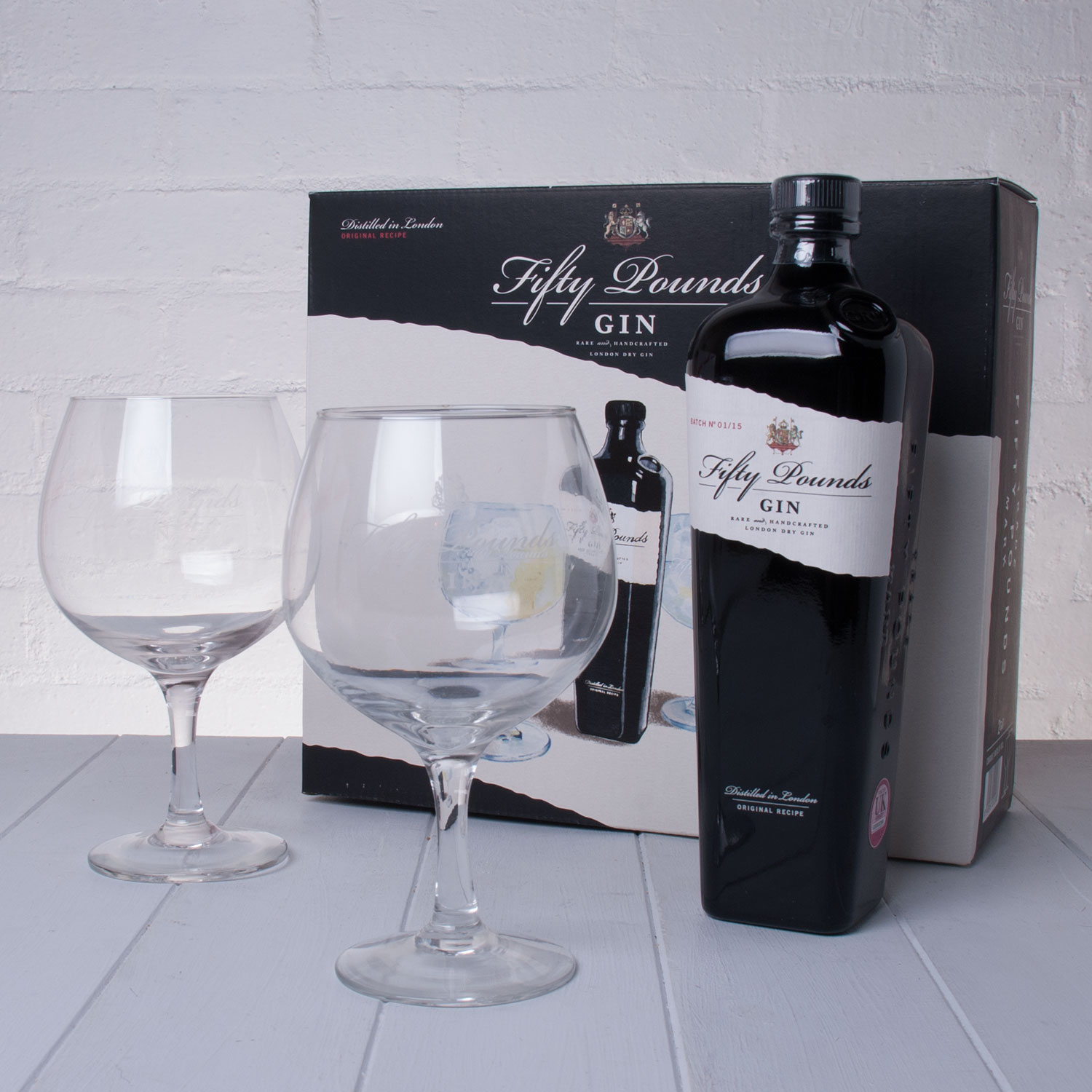 Hampers Fifty Pounds Small Batch Gin Gift Set with G&T Balloon Glasses