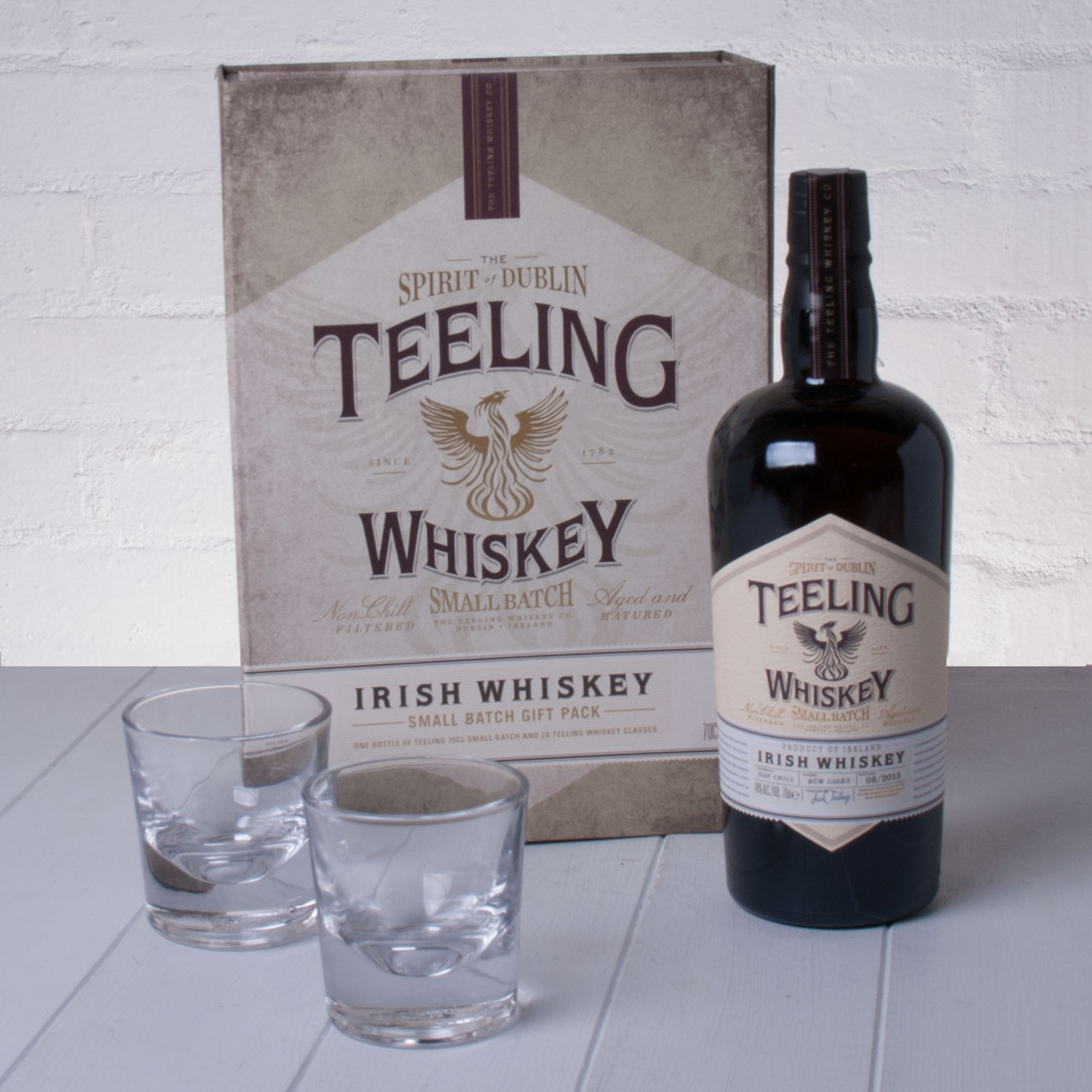 Alcoholic Drinks Teeling Whiskey Co. Small Batch Irish Whiskey Gift Pack with Glasses
