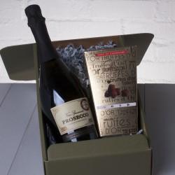 Mum's Prosecco & Chocolate Truffles Gift Box