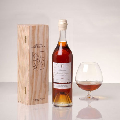 1966 Armagnac Baron De Lustrac Brandy 70cl Whisk Hampers-32