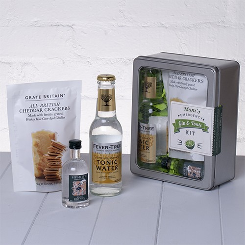 Mums Emergency Gin and Tonic Kit with Crackers Whisk Hampers-31