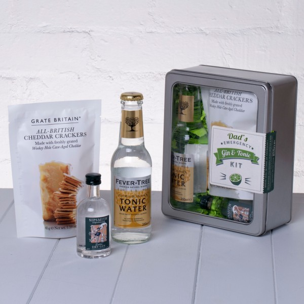 Dads Emergency Gin and Tonic Kit with Crackers Whisk Hampers-20