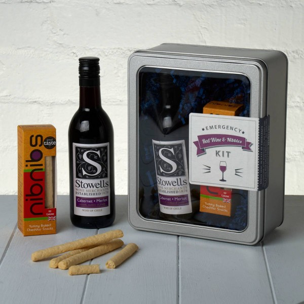 Emergency Red Wine and Nibbles Kit Whisk Hampers-20